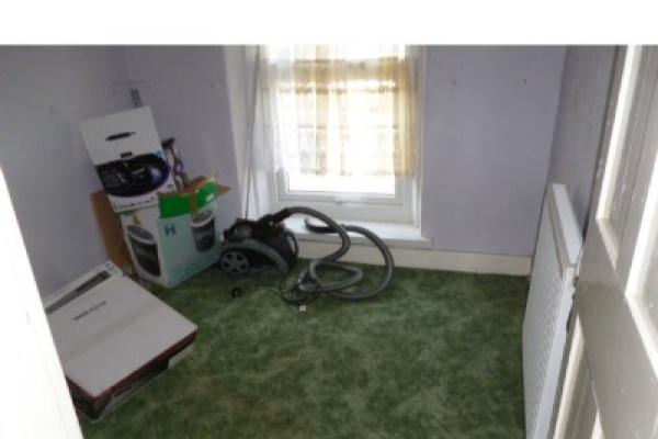 house-clearance-before-and-after-cardiff-pentwyn-089335193B4-DC91-ABB2-3B39-41FB9AAAB262.jpg