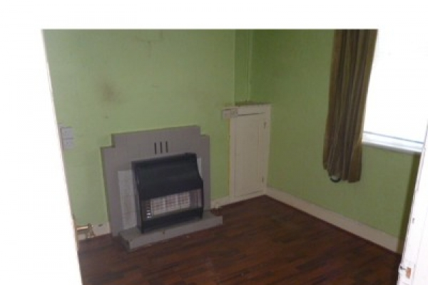 house-clearance-before-and-after-cardiff-pentwyn-0933DBC8DDE-882D-9247-170E-482C7A69FA45.jpg